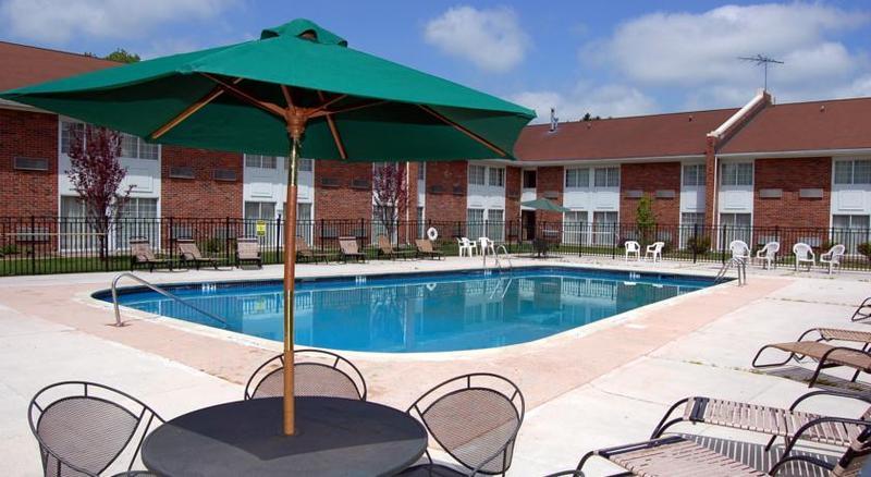 General view Rodeway Inn & Suites East Windsor