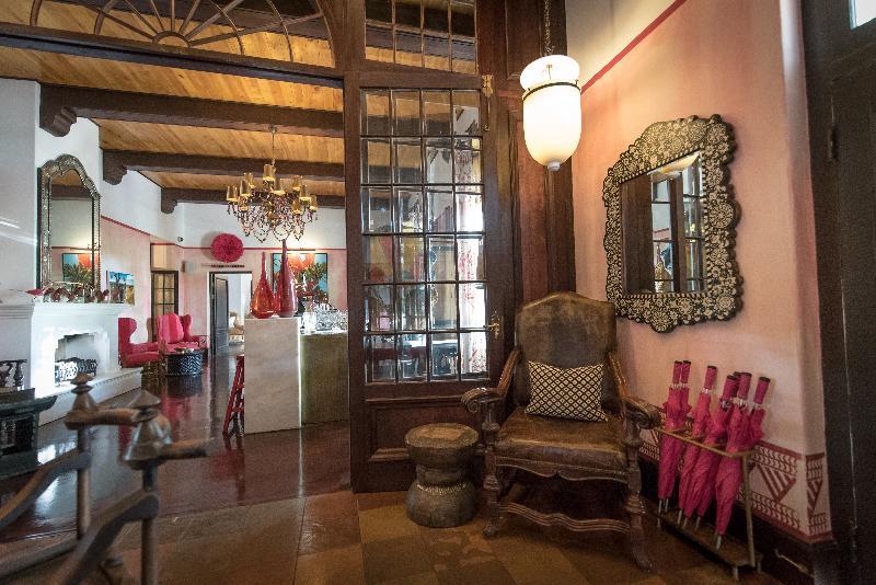 Bar Hout Bay Manor