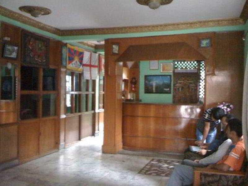Lobby Panorama