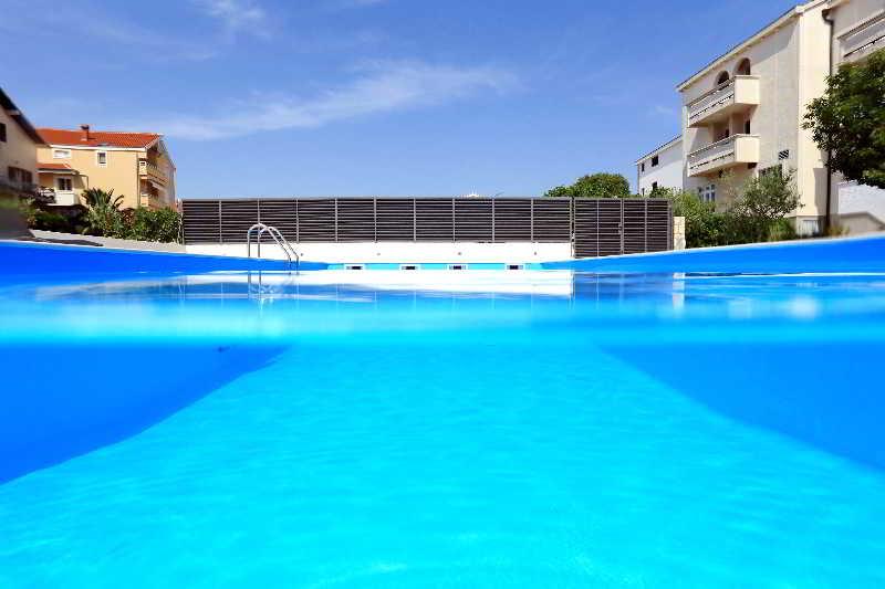 Pool Mediteran