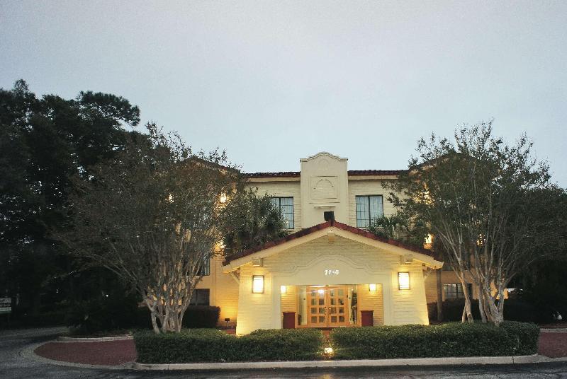 La Quinta Inn Pensacola - Hotel - 1
