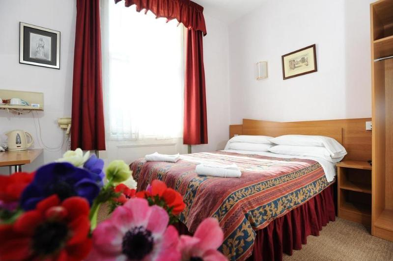 Room Dover Hotel