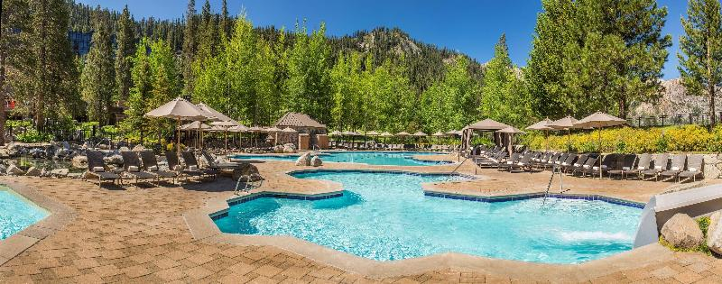 Pool Resort At Squaw Creek