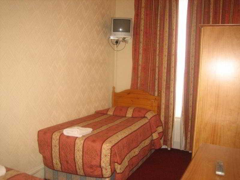 Room Ravna Gora