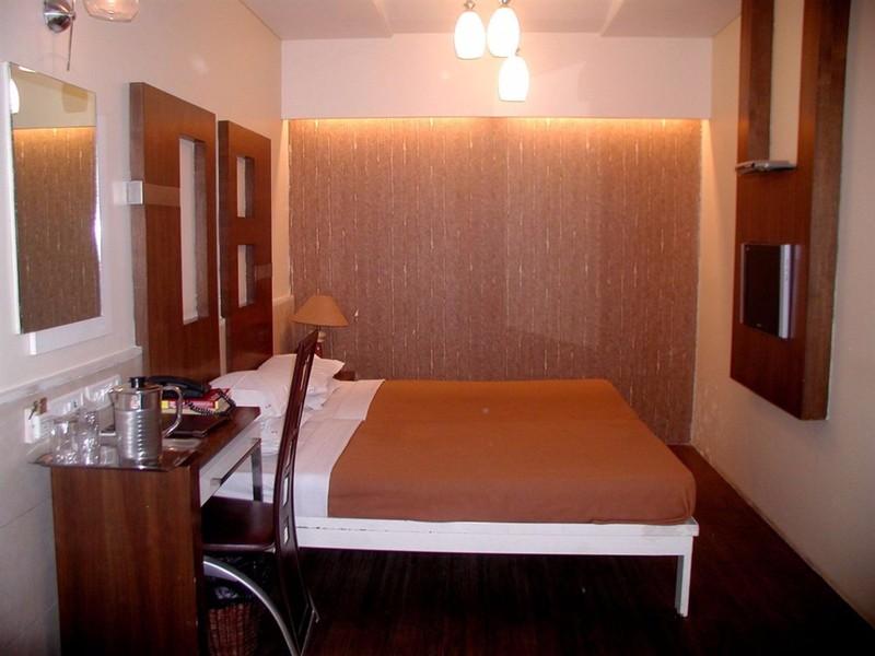Room Supreme