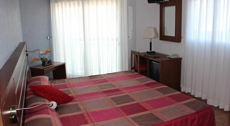 Fotos Hotel La Familia Gallo Rojo