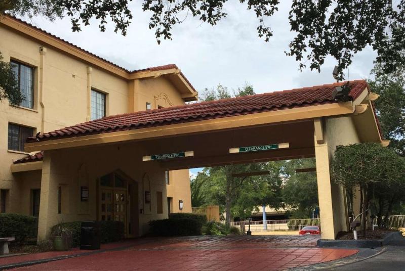 La Quinta Inn Gainesville - Hotel - 4