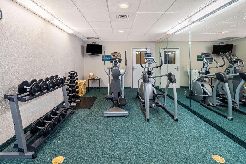La Quinta Inn & Suites  Fort Myers Airport - Sport - 4