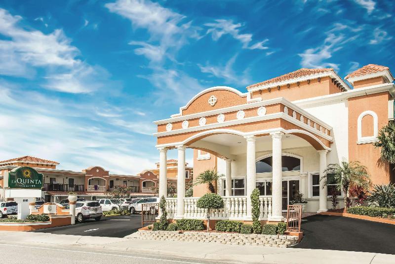 La Quinta Inn & Suites Daytona Beach - Oceanfront - Hotel - 0