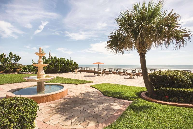 La Quinta Inn & Suites Daytona Beach - Oceanfront - Hotel - 1