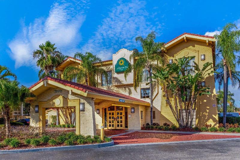 La Quinta Inn Tampa Bay Pinellas Park Clearwater - Hotel - 2