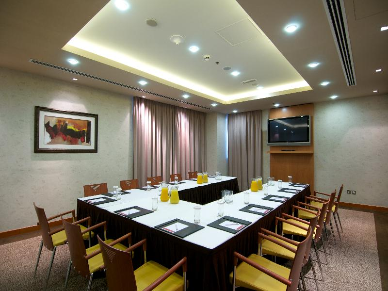 Conferences Ramada Chelsea Hotel Al Barsha