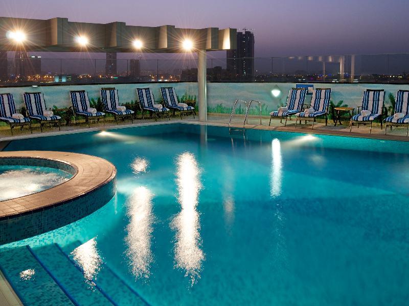 Pool Ramada Chelsea Hotel Al Barsha