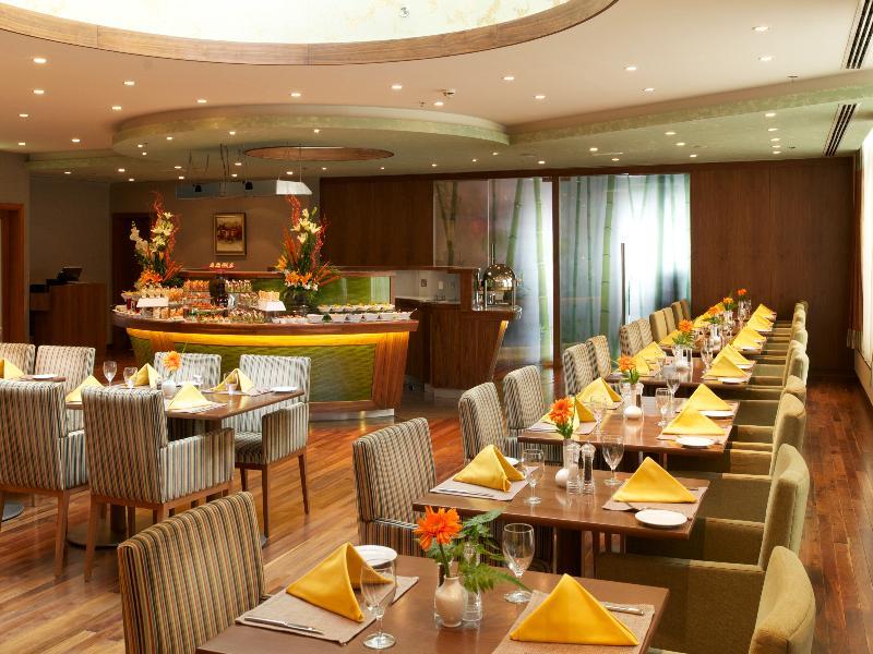Restaurant Ramada Chelsea Hotel Al Barsha