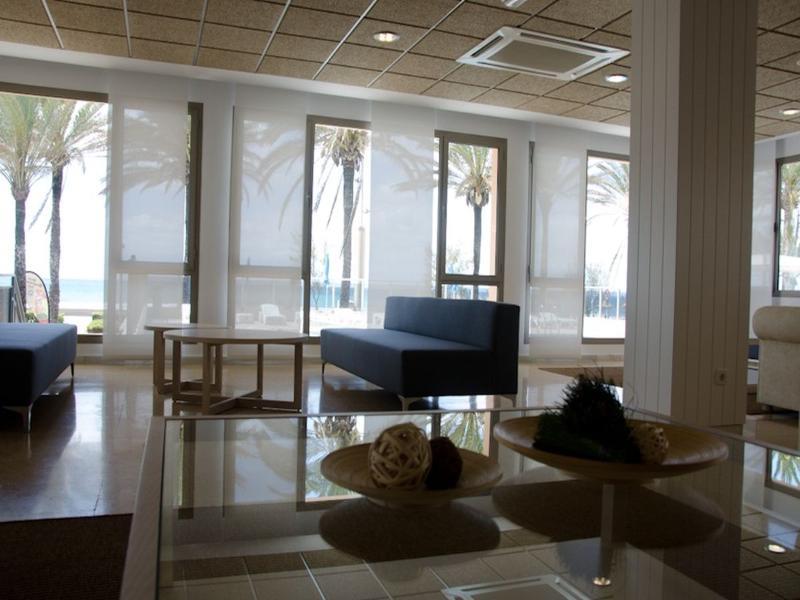 Lobby Riviera Playa