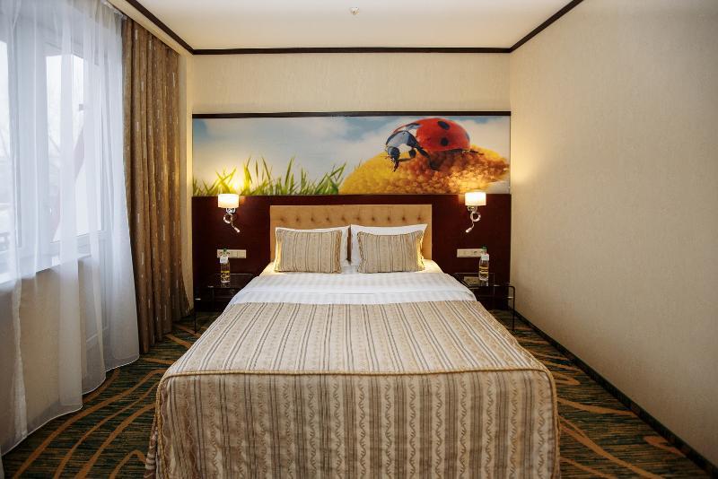 Room Kazzhol
