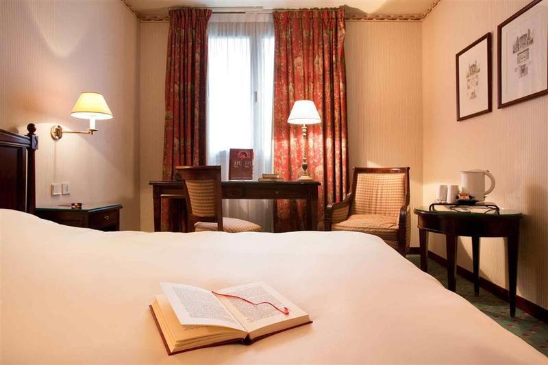 Room Mercure Paris Tour Eiffel Grenelle