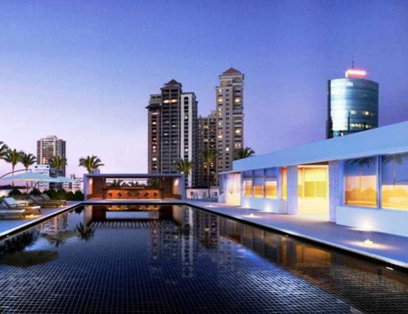 Pool Esplendor Panama
