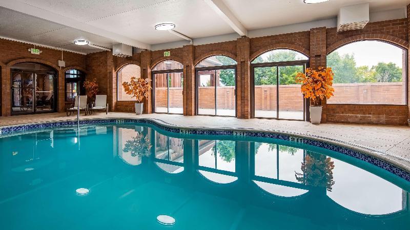 Pool Best Western Pocatello Inn