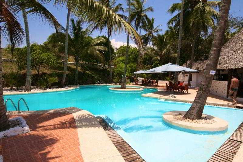 Pool Ora Resort Coral Reef