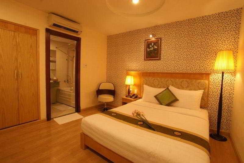 Room Blue Diamond Hotel