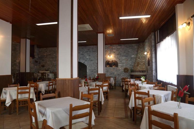 Mani Hotel - Restaurant - 1