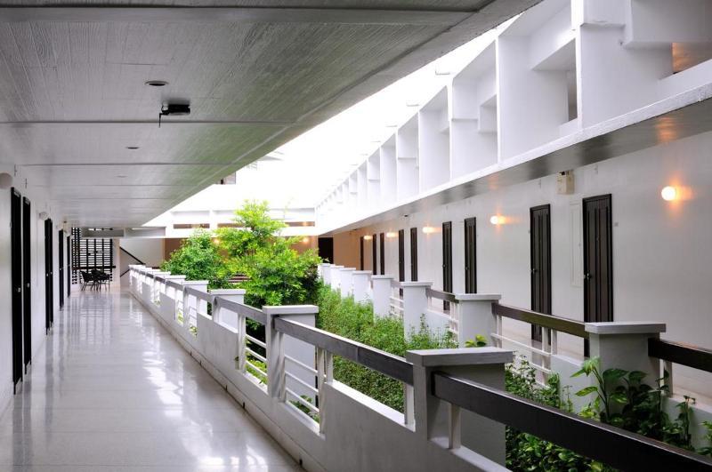 Kasemsarn Hotel Chanthaburi - Terrace - 11