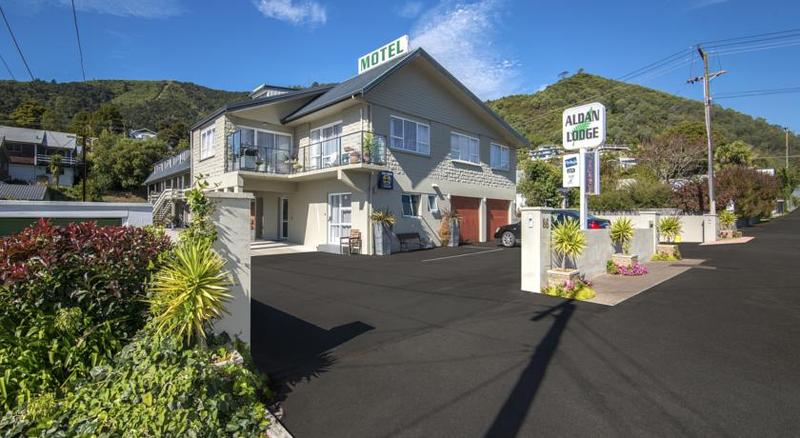 Lobby Aldan Lodge Motel