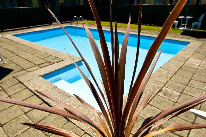 Pool Kapiti Gateway Motel