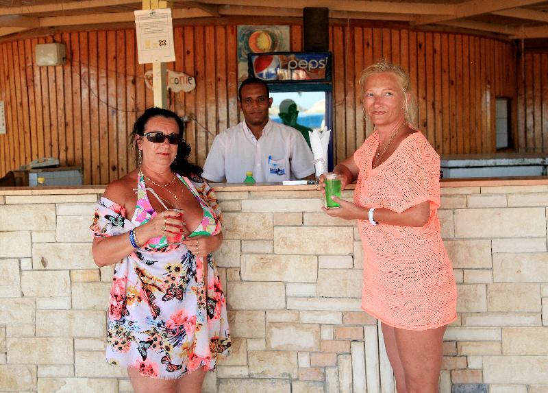 Magawish Village & Resort - Bar - 3