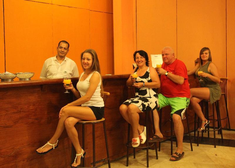 Magawish Village & Resort - Bar - 15