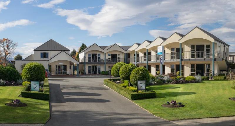 Radfords Lakeview Motel - Hotel - 1
