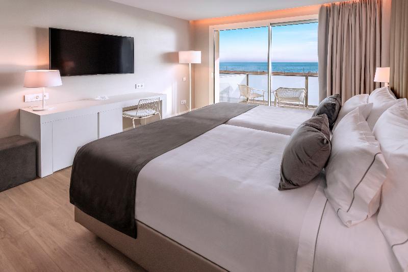Room Playafels