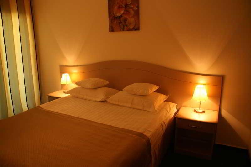 Room Brad Eforie