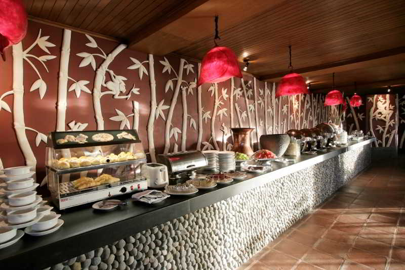 Novus Puncak Resort & Spa - Restaurant - 12