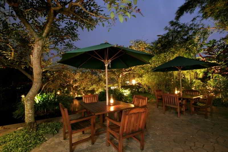Novus Puncak Resort & Spa - Restaurant - 11