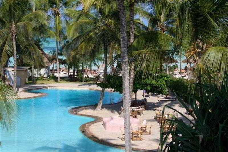 Pool Ora Palumbo Reef Resort