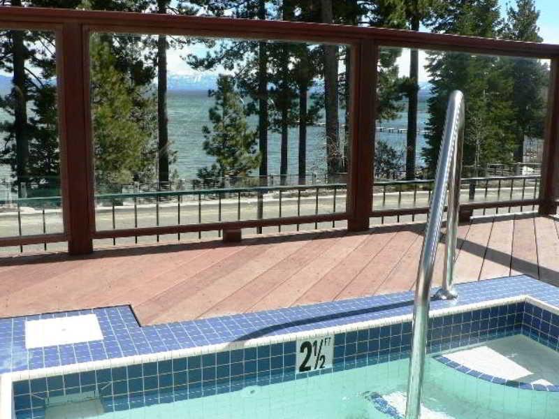 Pool Americas Best Value Inn Lake Tahoe