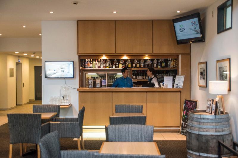Bar Scenic Suites Queenstown