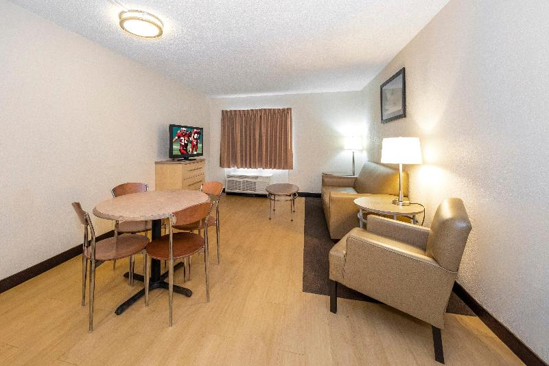 Menzies Aberdeen Airport - Dyce - Room - 4