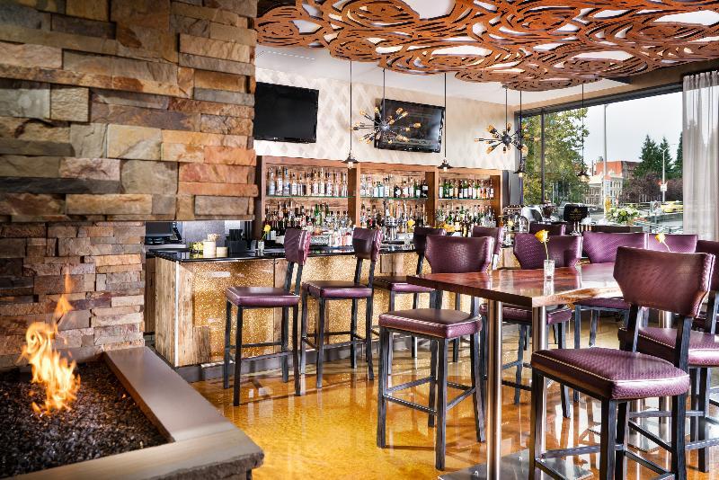Restaurant Staypineapple At Hotel Rose