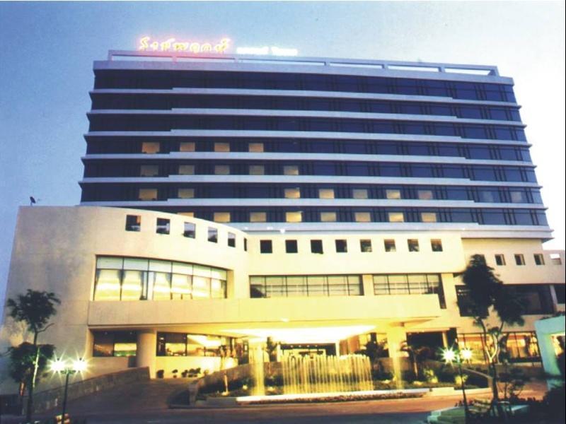 Rachaphruk Grand Hotel - Hotel - 1