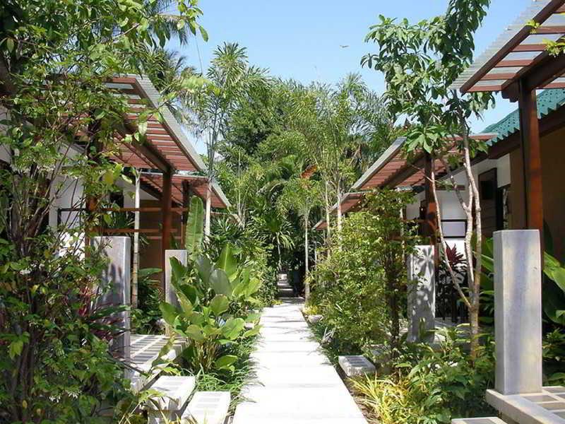Lobby Evergreen Resort