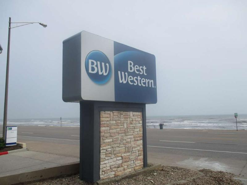 General view Best Western Galveston West Beach Hotel