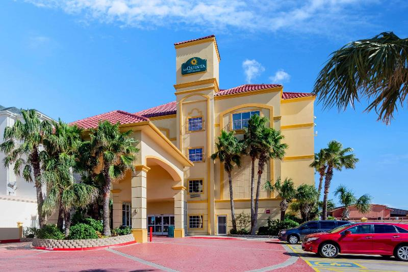 La Quinta Inn & Suites South Padre Beach - Hotel - 4
