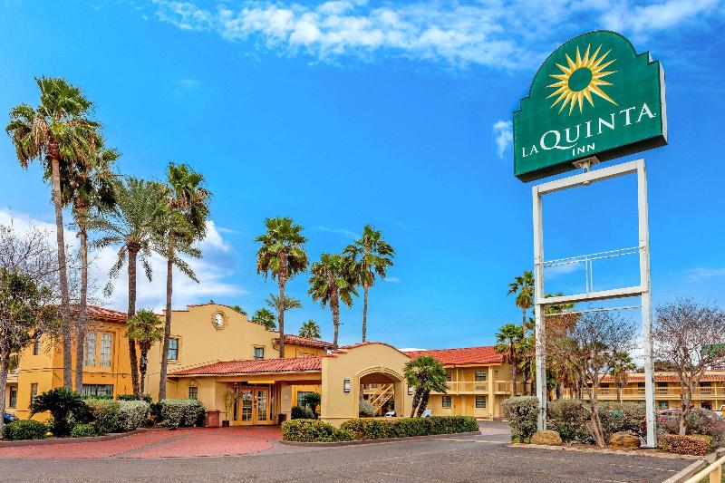 La Quinta Inn Laredo I-35 - Hotel - 2