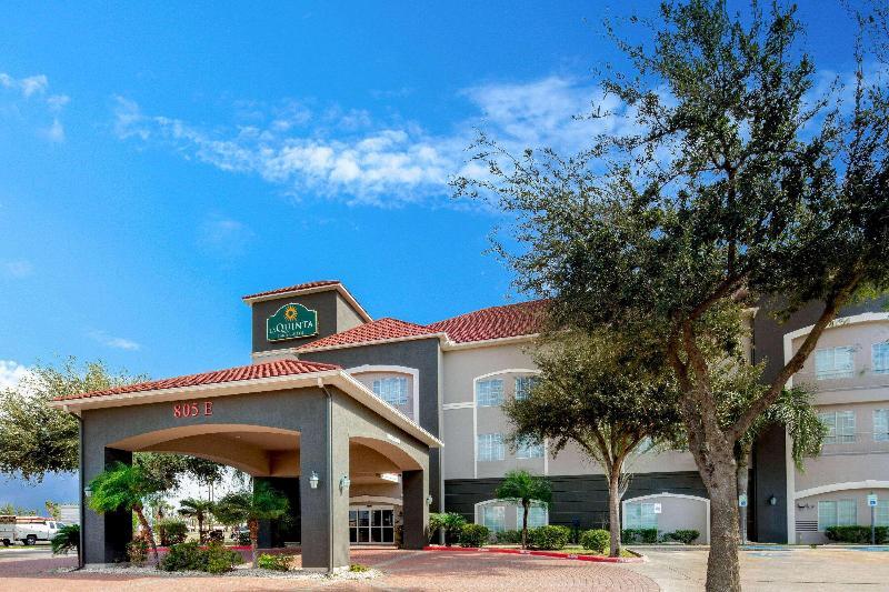 La Quinta Inn & Suites Mission at West McAllen - Hotel - 5