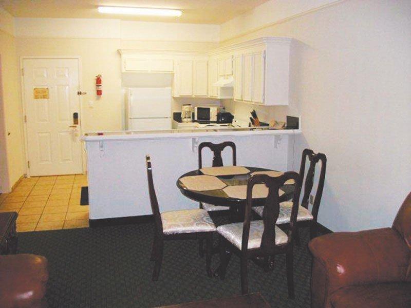 La Quinta Inn Brownsville - Olmito - Room - 5
