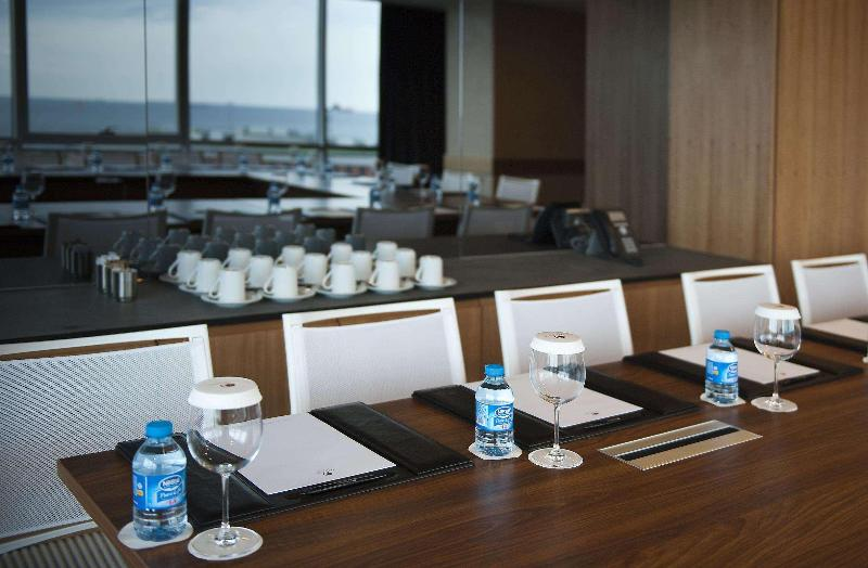 Conferences Doubletree By Hilton Istanbul Moda