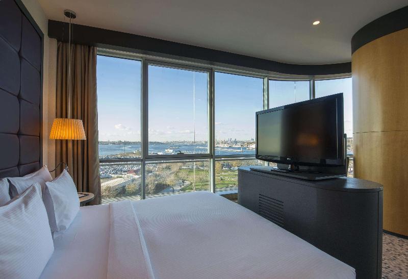 Room Doubletree By Hilton Istanbul Moda
